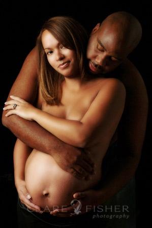 maternity portrait New York City_African american couple