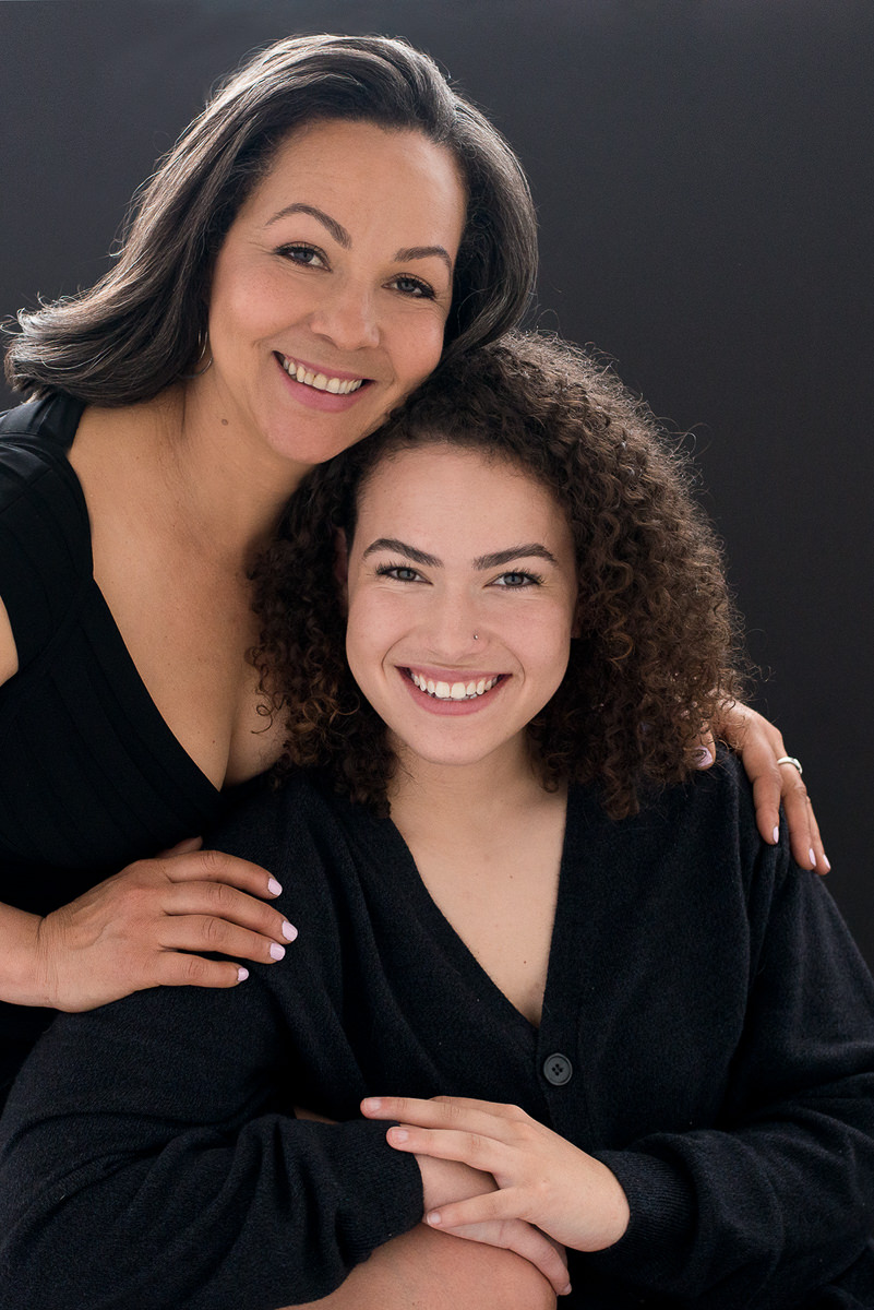 Mother and daughter portrait-6562