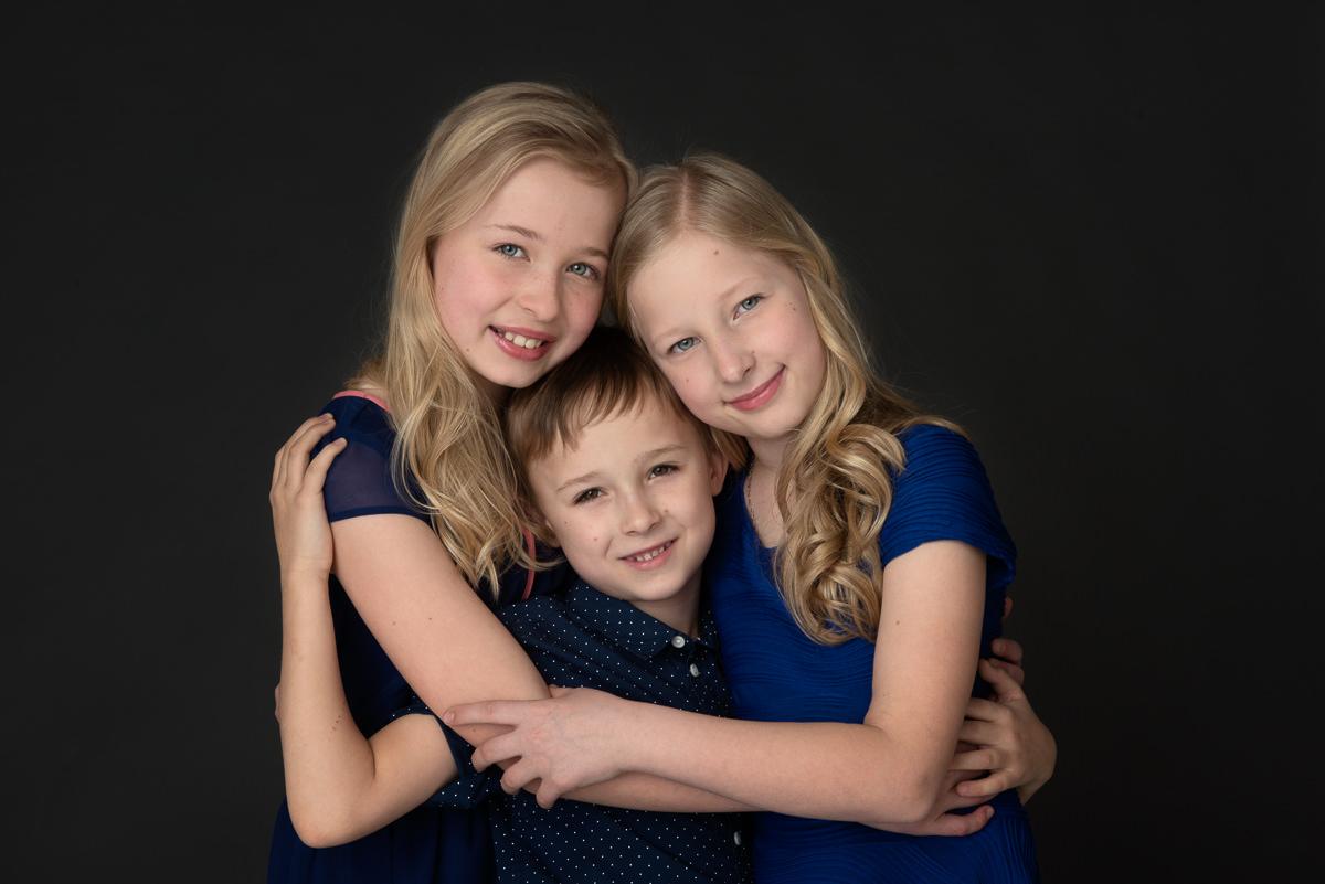 Siblings -portrait-6102
